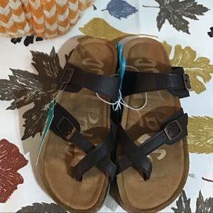 Girls' Mad Love Flynn Comfort Footbed Sandals